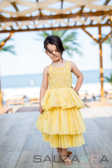 "Детска рокля ""Златисто сияние""  2"