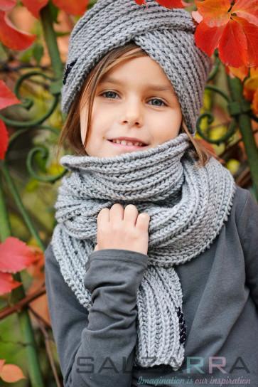 Детска шапка-тюрбан и шал в сиво - 1